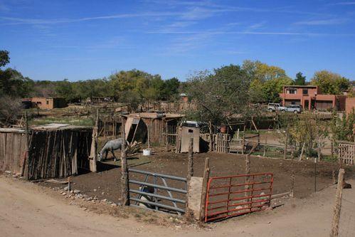 Taos-Pueblo-habitations-Ind
