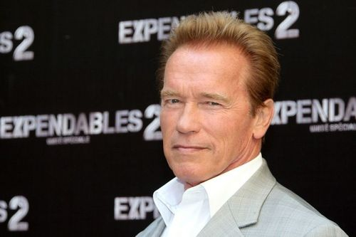 Arnold-Schwarzenegger-Expendables-2-photocall-me_osWPNGepl.jpg