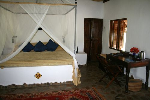 Chambre-simple--Kinasi-lodge.JPG