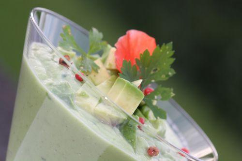 Crème d'avocat et concombre (2)