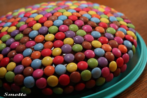 Copie-de-Gateau-au-smarties.jpg