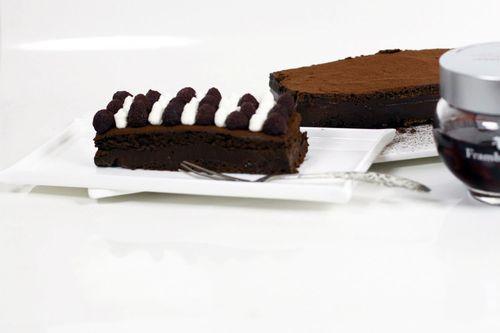 gateau-au-chocolat-et-aux-framboisines-copie-2.jpg