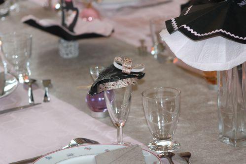 table-Quand-la-petite-robe-noire-rosit 0201