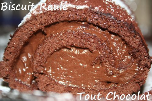 biscuit-roule-tout-chocolat5.jpg