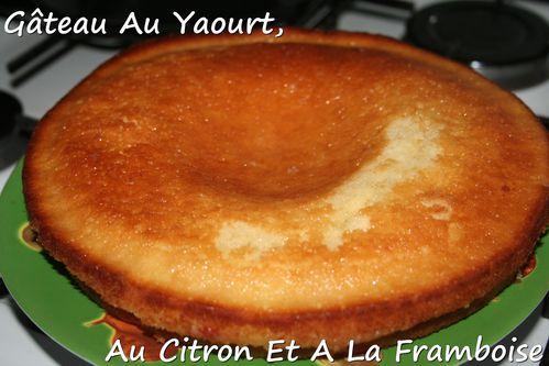 gateau-au-yaourt-au-citron-et-a-la-framboise.jpg