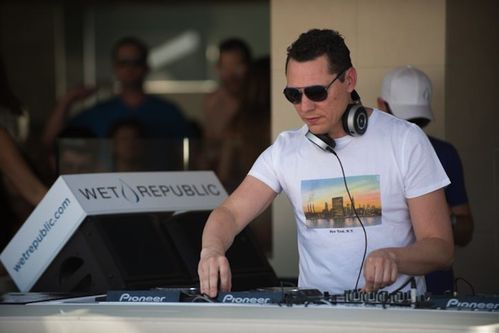 Tiësto Wet Republic Las Vegas 04 may 2013 (4)