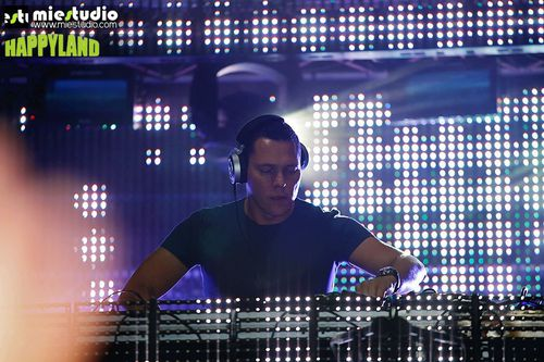 Tiësto Happy Land 2012 (2)
