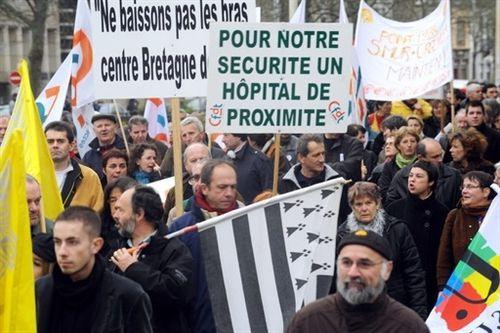 27-07-10 manifestation-fin-2008-a-quimper-pour