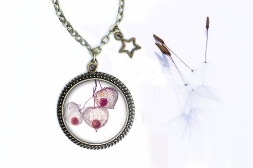 collier-cabochon-physalis.jpg