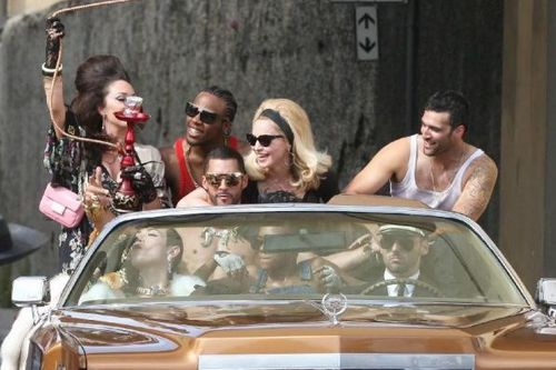 20120618-pictures-madonna-turn-up-the-radio-set-29