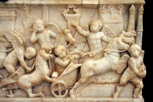 495L Naples, musée archéologique, sarcophage