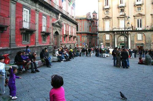 510g2 Naples, bâtiments universitaires, piazza San Domeni