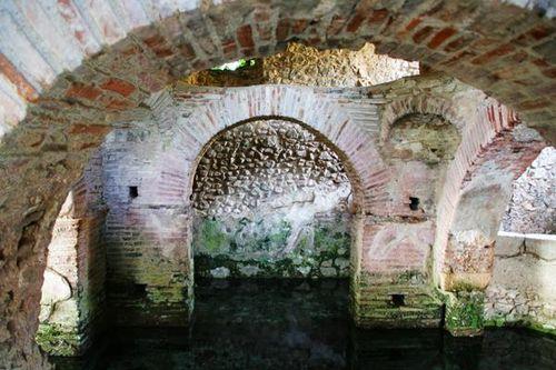 540f Padula, San Giovanni in Fonte