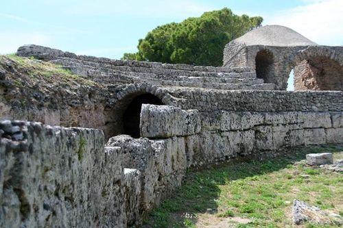 547f3 Paestum, amphithéâtre