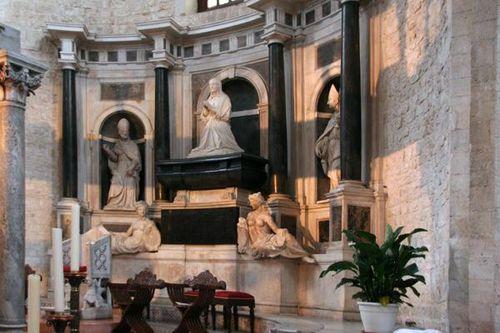 627d5a Bari, Bona Sforza à la basilique Saint Nicolas