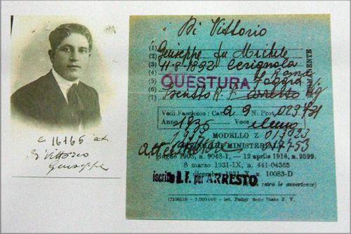 629c Archives de Bari, carte de subversif, époque fasciste