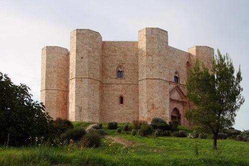 632b2 Castel del Monte