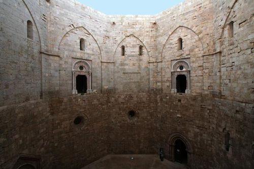 632d3 Castel del Monte