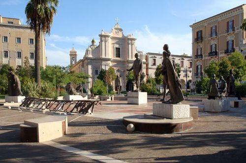 634b1 Foggia, piazza Umberto Giordano
