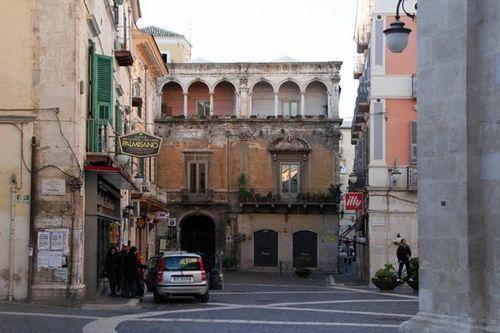634d2 Foggia, palazzo De Vita - De Luca (sec. XVII)
