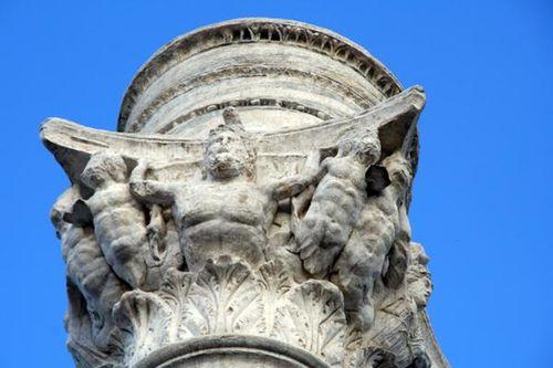 650f3b Brindisi, colonne via Appia