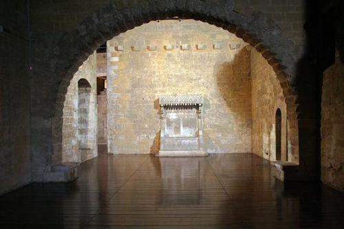 654h1 Gioia del Colle, château souabe