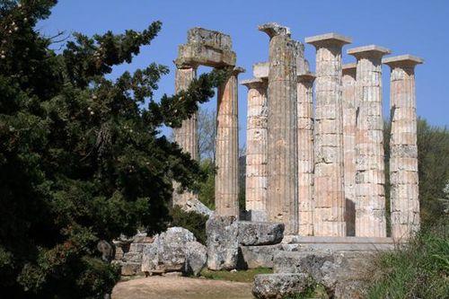 695c6 Le temple de Zeus à Némée