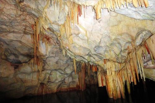 711a5 Grottes de Diros