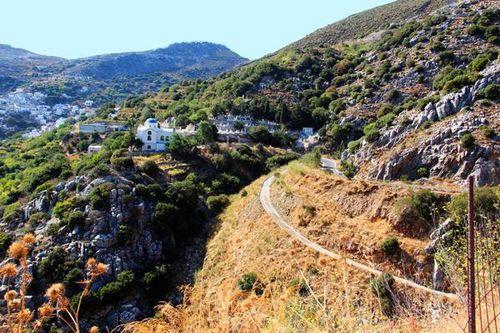 755h1 île de Naxos, la montagne vers le nord-est