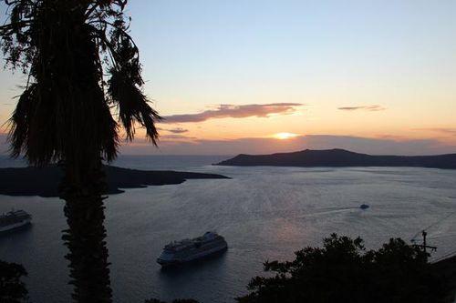 756a5a coucher de soleil sur Santorin