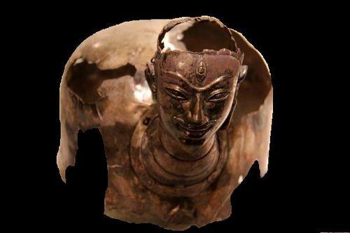 786c2 Musée Guimet, étui couvre-linga (Vietnam, 8e s.)