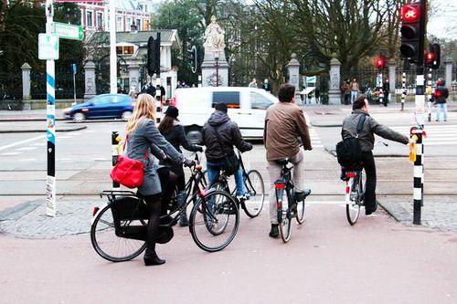 784d1 Cyclistes à Amsterdam