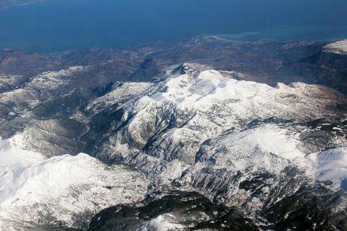 794g Montagnes du Péloponnèse vues d'avion