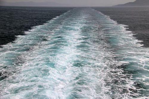 800g1 Dans le sillage du ferry