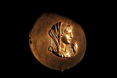 834d6c tête d'Olympias, médaille jeux sportifs, Veroia