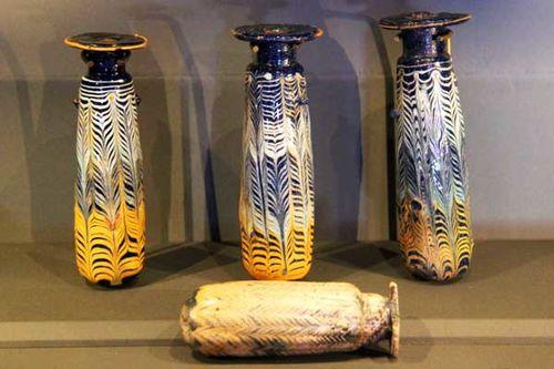 834e2 vases à parfum en verre