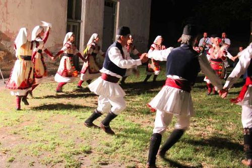 835e2 Danses folkloriques de Macédoine