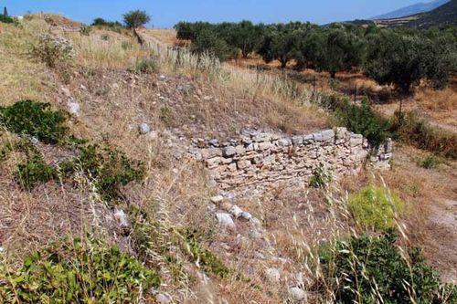 840c2b Murs d'Amphipolis