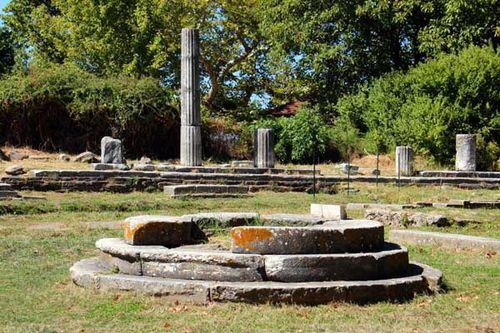 843b6b sanctuaire de Théagène
