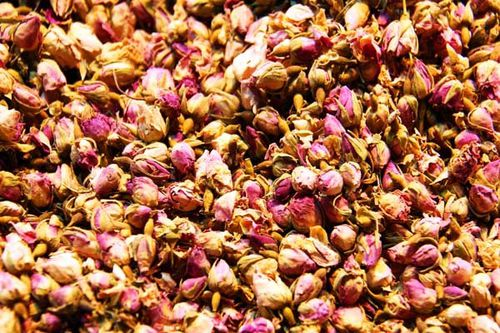 868f4 ''rose flower tea'' (gül çayi) au bazar égyptien