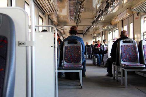 873a2 Le train de banlieue d'Istanbul