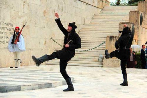 908j4b Athènes, cérémonie du 19 mai