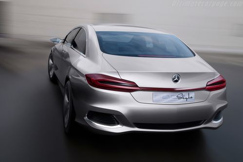 Mercedes-Benz-F-800-Style-Concept 9