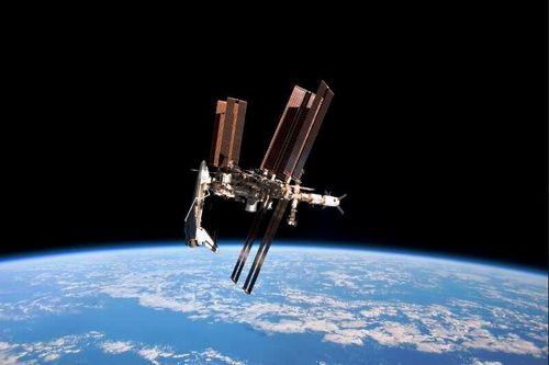 iss83