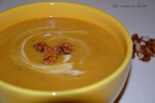 Veloute-courge-coco-noix.JPG