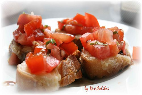 bruschetta-tomozza3.jpg