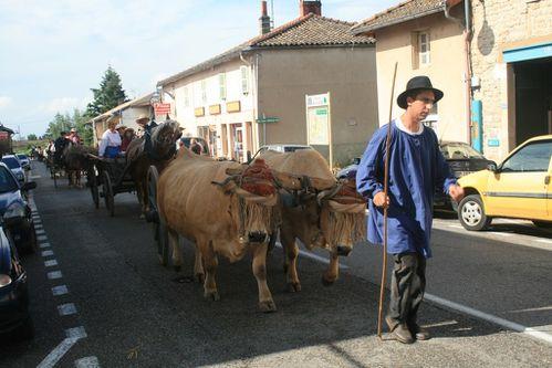 Défilé Patrimoine Manziat le 05-08-2012 (7)