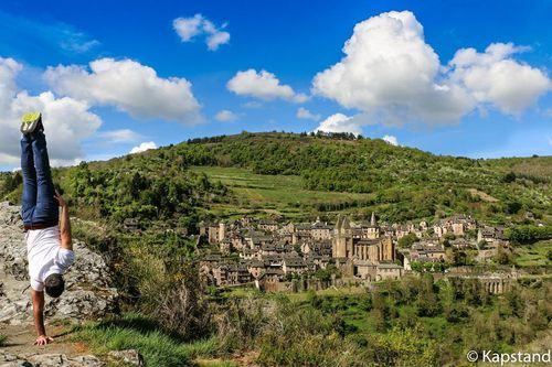COULEUR-A-CONQUES----37298240927_30121435749564924_n.jpg