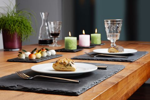 Assiette en ardoise un support de communication original for Set de table original