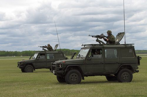 800px-Two_Canadian_Forces_G-Wagons.jpg